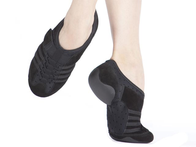 CAPEZIO Jazz Sneaker Latest